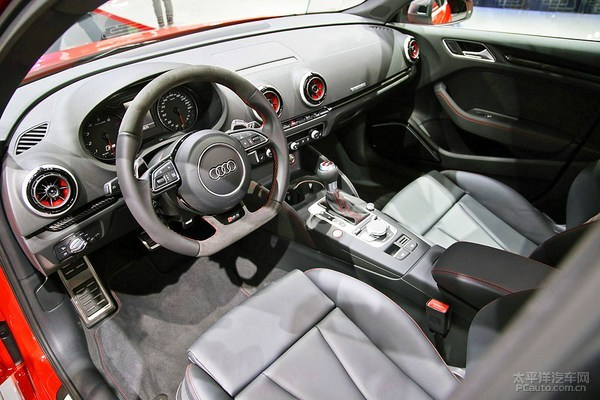 新一代奥迪RS3